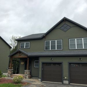 Photo for New Construction 4 Bedroom Sleeps 10 in Desirable Forest Ridge Community
