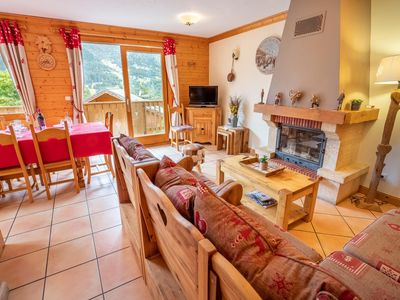 Photo for Lovely 10 person chalet with sauna