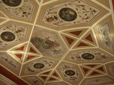 Drawing room frescoed ceiling
