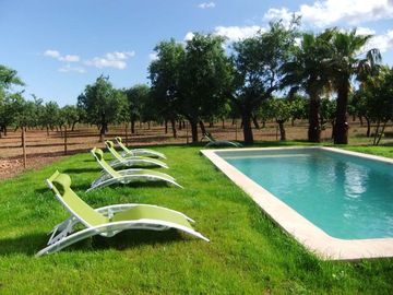 Mallorcan countryside House with pool ideal for 2 to 8 person