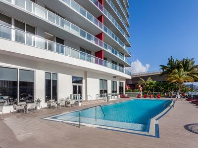 Photo for Brand New Luxurious Studio Suite Intracoastal Waterway View
