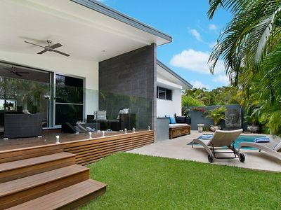 Photo for AquawatersVilla luxury in Byron Bay