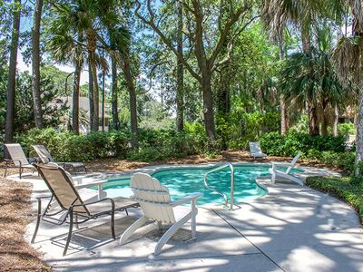 4th Row home with beautiful views of the 11 mile lagoon and private pool!
