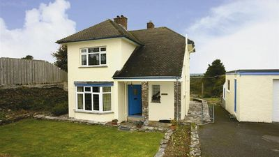 Photo for Daffy Down Dilly - Two Bedroom House, Sleeps 4