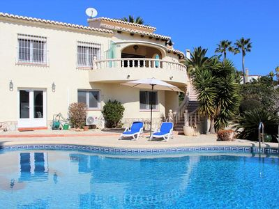 Photo for Stunning Sea View Villa with 4 bedrooms, 4 bathrooms and Pool Table