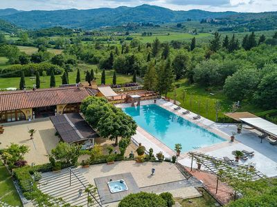 Photo for B&B in luxury Tuscan villa, pool, tennis
