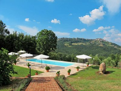 Photo for Apartment Agriturismo Collepetrucci  in Chiusdino, Siena and surroundings - 4 persons, 2 bedrooms