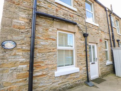Photo for 1 VICTORIA COTTAGES, with open fire in Barnard Castle, Ref 969786