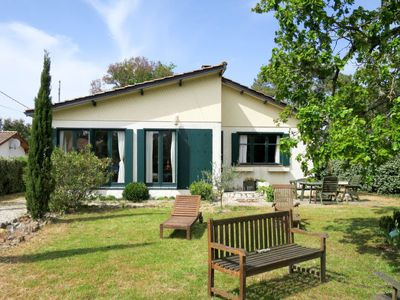 Photo for 3 bedroom Villa, sleeps 8 in Montalivet-les-Bains with WiFi