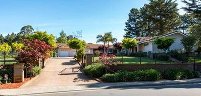 Photo for Exclusive and Private Studio apartment located in Hillcrest Estates community