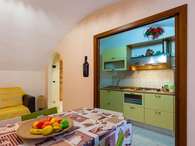Photo for Apartment with terrace in Spaccanapoli
