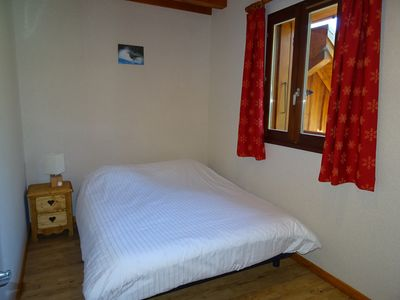 Photo for Apartment of 77m2, 7/9 people in a chalet, 3 bedrooms, swimming pool, jacuzzi