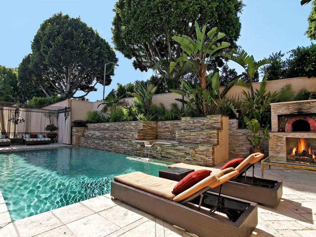 beverly hills mansion walking distance to r vrbo