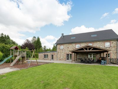 Photo for Superb villa with pool and many more, on the edge of the forest
