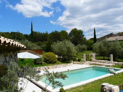 Photo for Charming rental with heated pool at the foot of the Luberon for 9 people
