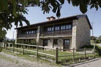 Photo for 2BR Apartment Vacation Rental in Piloña, Asturias