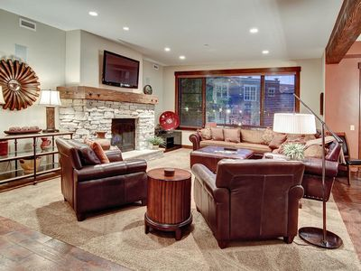 Photo for Warmly decorated, slope-side condo with on-site concierge and winter shuttle -- sleeps 7 in beds
