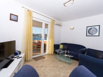 Photo for Apartment Dragutin  A2 drugi kat(6)  - Okrug Gornji, Island Ciovo, Croatia