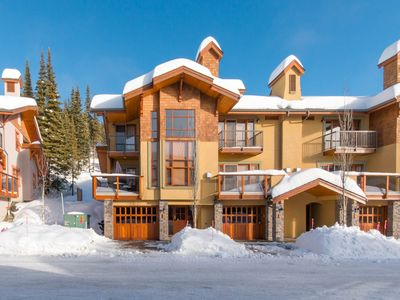 Photo for Ski-in/Ski-out, Family Friendly Trails Edge 15 Townhome with Hot Tub/BBQ