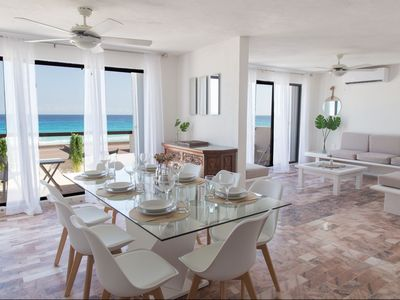 Photo for Beachfront Villa in The heart of the Hotel Zone 12 ppl.