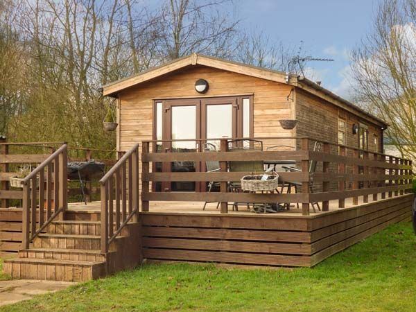 Cedar Lodge With Pool In Tattershall Lakes Country 6870157