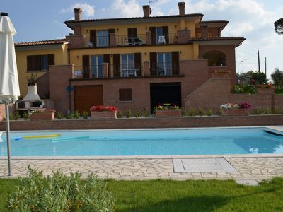Photo for Villa Baccus is a lovely appartment on the first floor of an elegant villa, located near the medieva