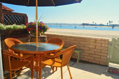 Your front patio, on the beach and waterfront, Perfect!