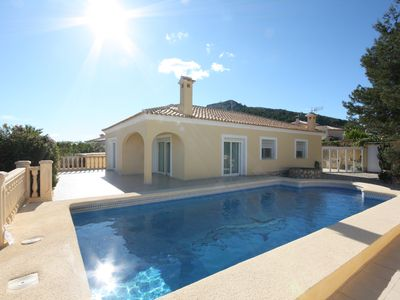 Photo for Spacious villa with sea view and private pool, 3 bedrooms