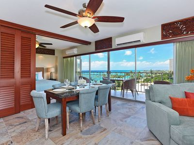 Luxury 2 bed/2 bath corner Waikiki Shore condo w/ocean views! Free parking!
