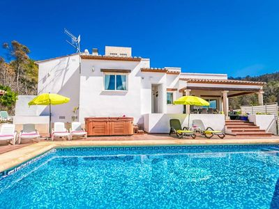 Photo for This peaceful four bedroom villa is situated in Javea, just a five minute drive from Javea's main Ar