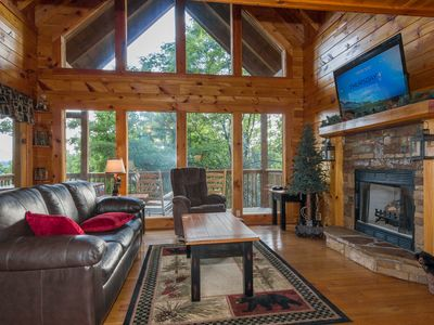 Photo for Mountain Views-Hot tub-Free Wifi-Loft King Bed-Pool Table-Big TV for Game Day!