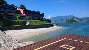 Mansion, Private Beach, Heliport, Pier for boats more than 100 feet, sauna, Academy.