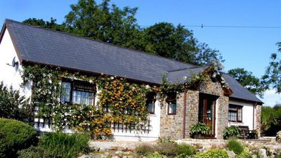 Photo for Swallows Rest - Three Bedroom House, Sleeps 6