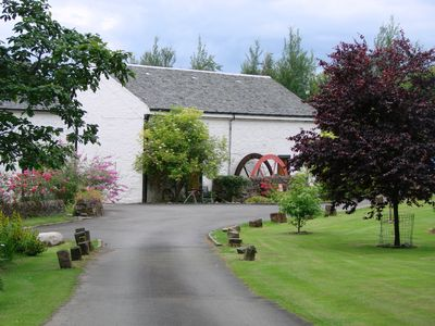 Photo for Peaceful relaxing cottages for 6 in stunning Loch Lomond setting - unique site.