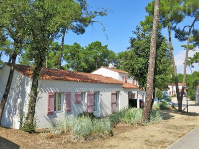 Photo for Vacation home Le Domaine des Oyats (LSM301) in Longeville sur mer - 6 persons, 2 bedrooms