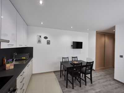 Photo for APARTMENT T2 Rdc in peace, 1 to 4 beds, direct access A4 / A104