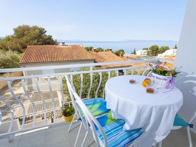Photo for Two bedroom apartment with balcony and sea view Podgora (Makarska)
