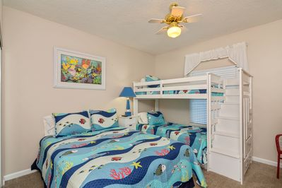 Brand new Bunk Room - One Queen and One Set of Twin Bunks