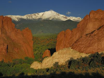 Photo for Short walk to the Garden of the Gods Park, and FAMILY FRIENDLY!