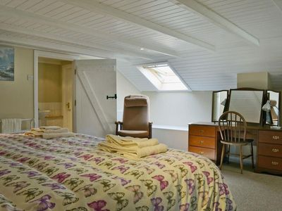 Photo for Hill House Hideaway - One Bedroom Cottage, Sleeps 1