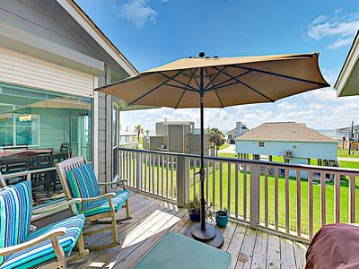 Photo for New Listing! Updated Townhouse w/ 2 Decks & Gulf Views - 1 Block to Beach