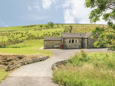 Photo for BECKSIDE COTTAGE, with hot tub in Cowling , Ref 906996