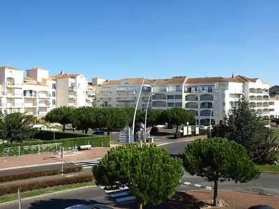Photo for Apartment 882 m from the center of Vaux-sur-Mer with Lift, Internet, Washing machine, Pool (93135)