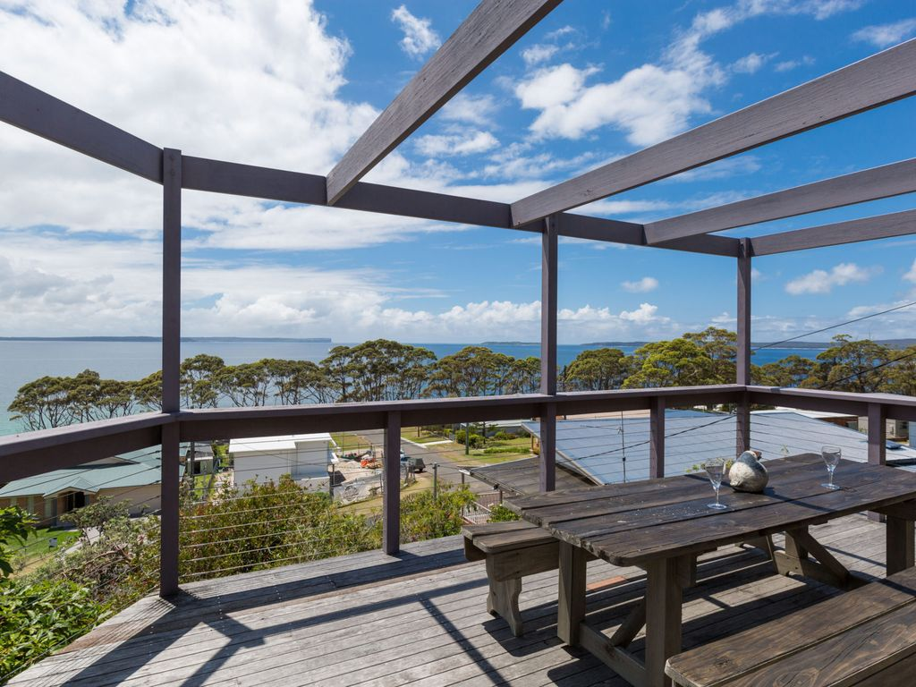 Hyams Beach house rental Tulip 17