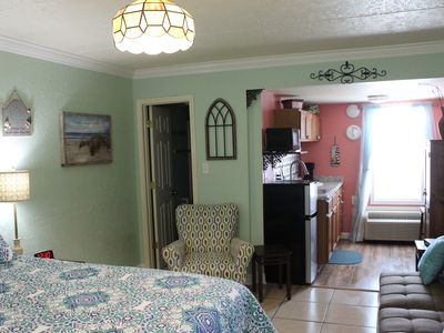 Photo for CONDEAUX Beach V~ACROSS FROM HANGOUT!~Booking Spring Fast!~WALK EVERYWHERE!!