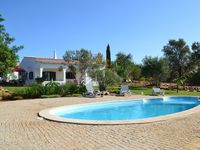 A beautiful villa, pool, gardens in great location