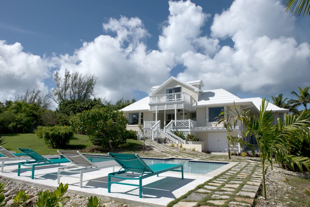 Newly Renovated Private Beach Villa with Pool and Ocean Views