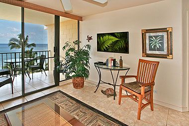 Photo for KR602-Front and Center, Top-floor, Beachfront Condo with Panoramic Ocean Views in Kihei, South Maui