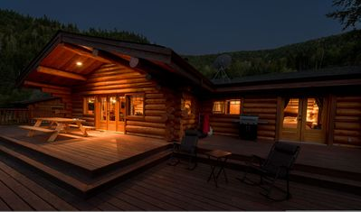 Photo for Lakefront log home summer vacation paradise!