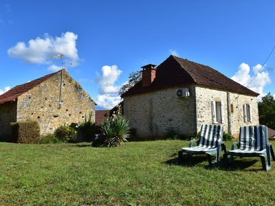 Photo for Privacy aplenty at this house with spacious garden in Campagnac-lès-Quercy